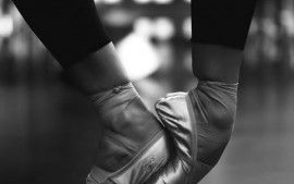 How do I Control Flexible Feet on Pointe?