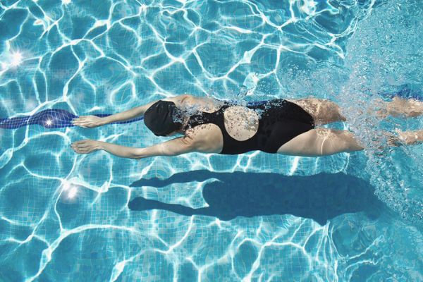 Can swimming make your hip flexors tight?