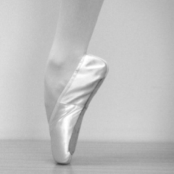 Breaking In Pointe Shoes 01