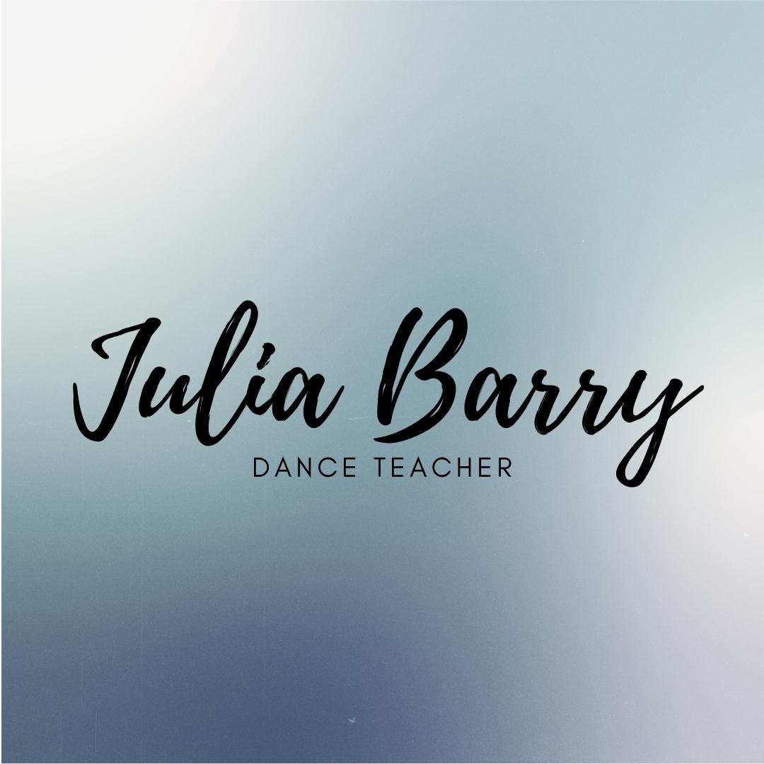Julia Barry - headshot