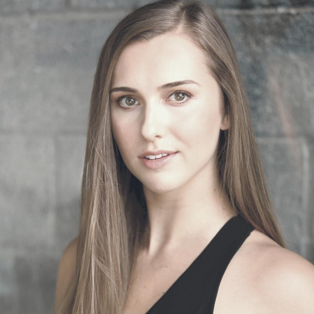 Cassandra Tumasz - headshot